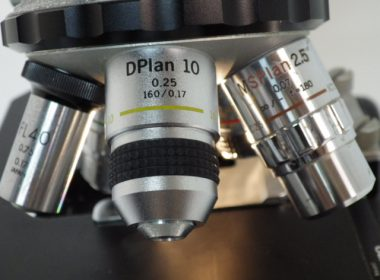奈良で顕微鏡を出張買取いたしました。