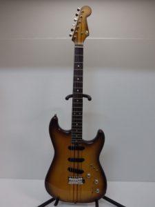 大阪でエレキギターを出張買取いたしました。